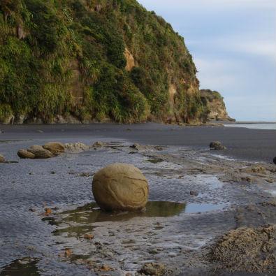 Three Sisters Beach. Photo: Kirstie Knowles.