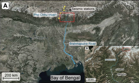 The larger map (A) shows the Pho Chhu river as it flows from the Himalayas into the Bay of Bengal. Seismometer locations are marked with yellow dots. The inset (B) zooms in on the area inside the red box in A, indicating the area where the glacial lake outburst flood began and the location of the village of Punakha 90 kilometers downstream. Image: Maurer et al./Science Advances 2020