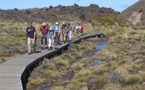 Trampers on the Tongariro Alpine Crossing