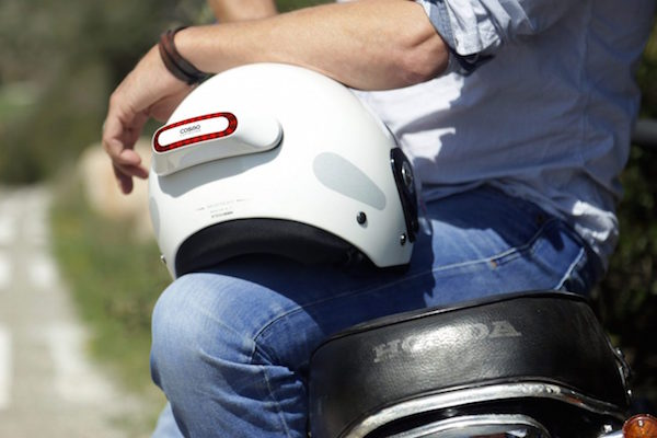 MOTORCYCLE SAFETY DEVICE CALLS FOR HELP DURING A FALL AND MORE