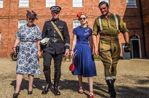 WW2 dress up
